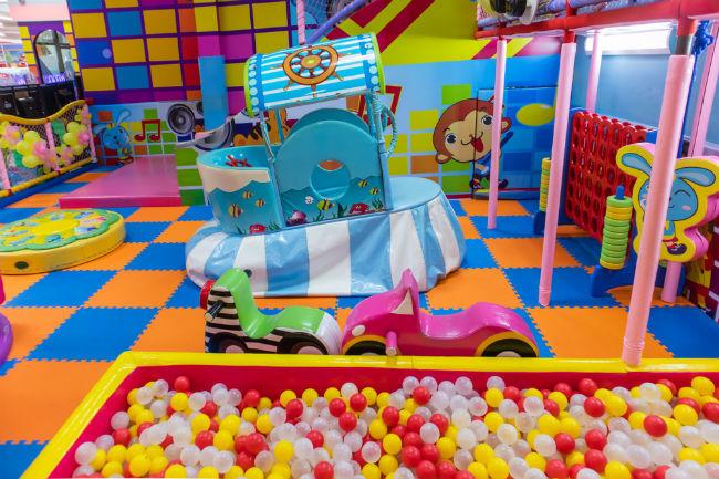 הקימו אזור ילדים בתוך מתחם האירוע וכולם יהנו הרבה יותר
