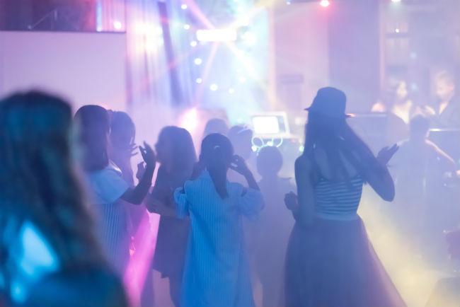 כולם נהנים יותר, כשחוגגים בר או בת מצווה במועדון