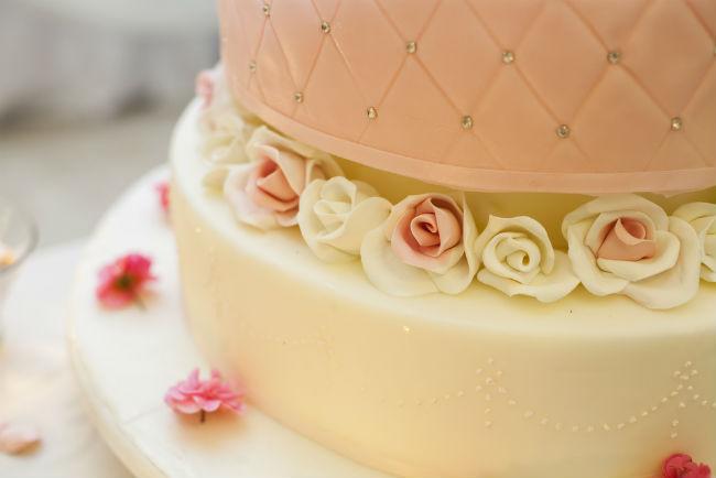 שילוב הצבעים והטעמים שמתאים לחתונה בכרם או ביקב